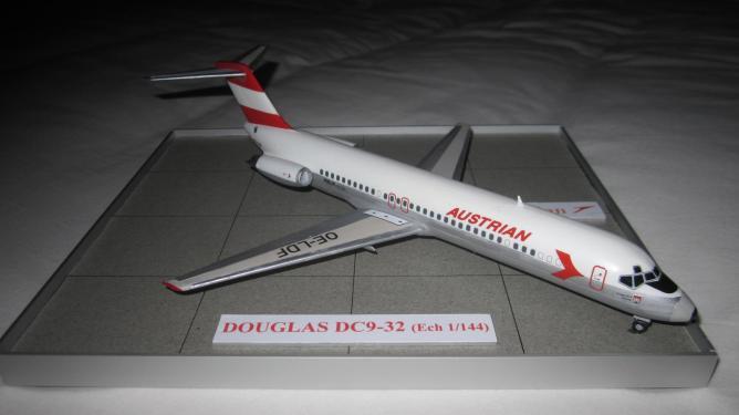 DOUGLAS DC9-32
